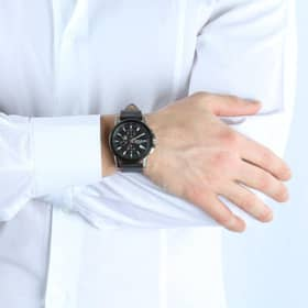 SECTOR 480 WATCH - R3271797004