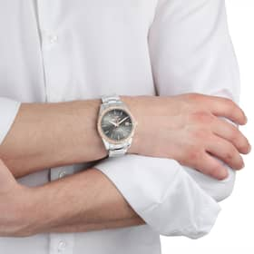 SECTOR 240 WATCH - R3253240009