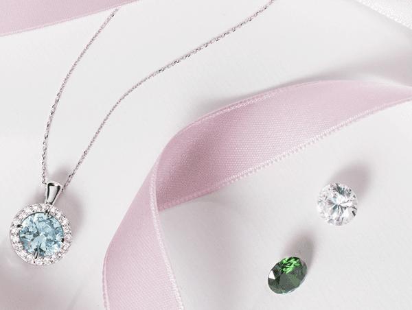 DRESS ME Ogni giorno un gioiello diverso   Collezione personalizzabile in Argento